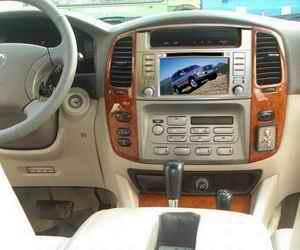 Выбираем технологичную магнитолу на Land Cruiser 100